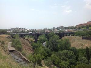"""Мост """"Победа"""" был построен в 1945 году"""